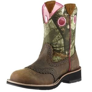 Ariat Pink Camo Leather Upper Fatbaby Ankle Boots